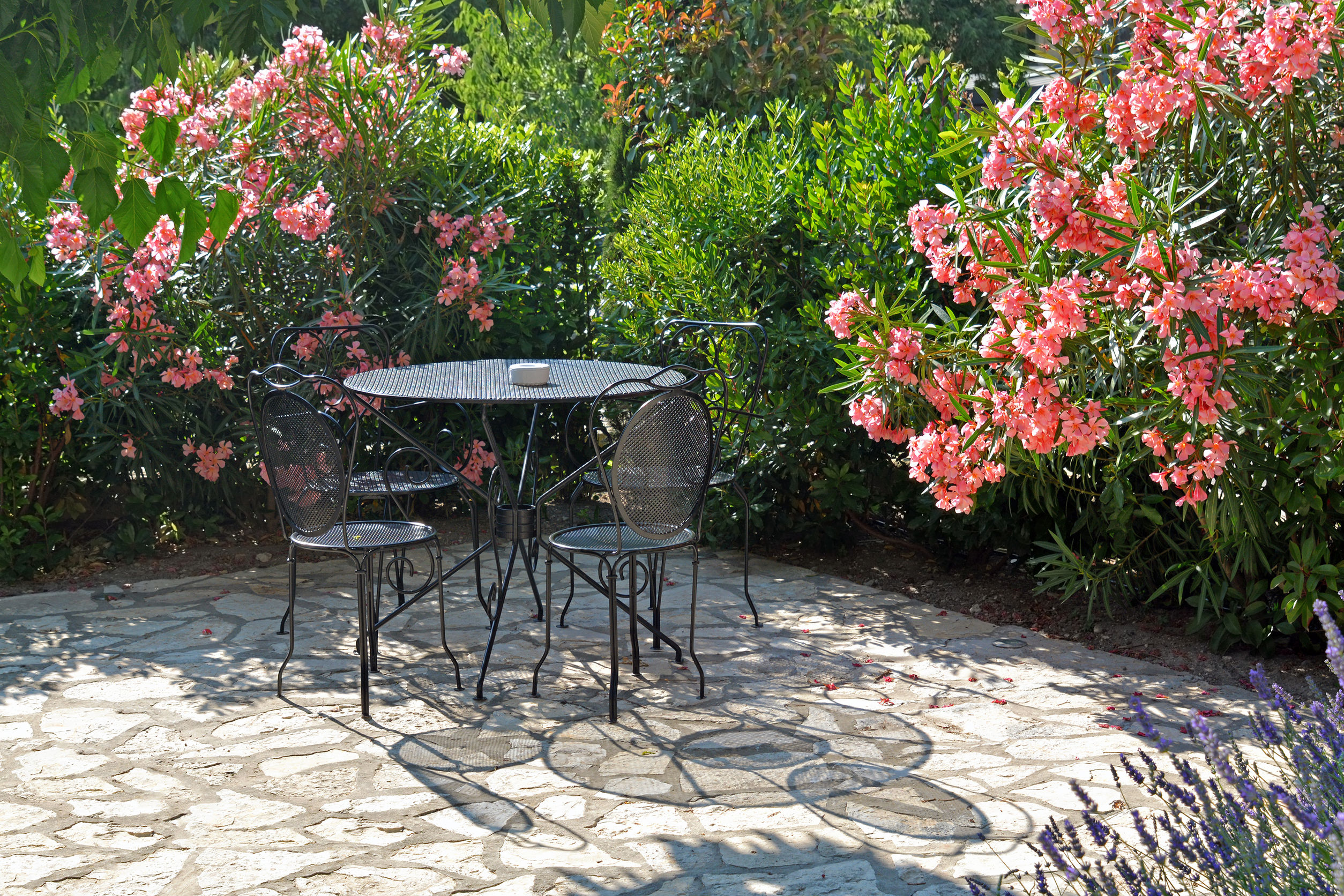 Attractive Top 3 Ways To Protect Your Patio Furniture From The Sun This Summer    Electro Tech Powder Coating